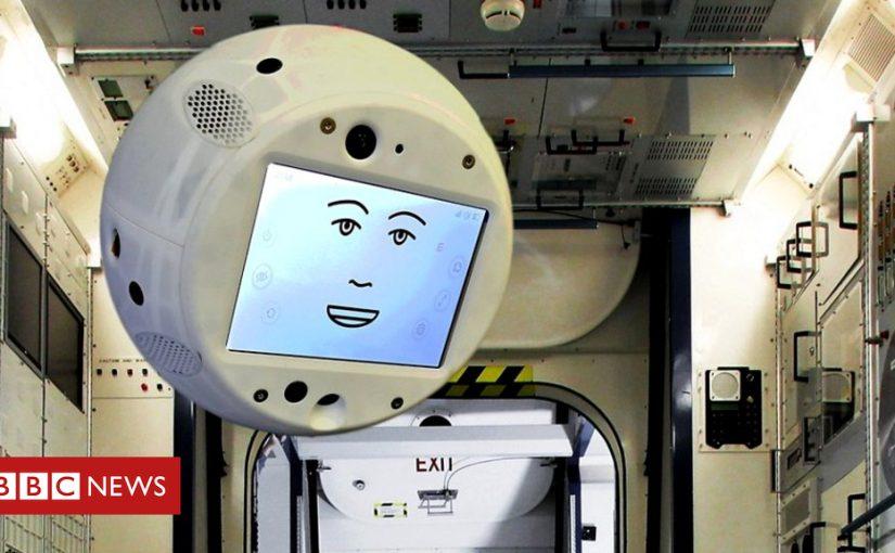 Floating robot Cimon sent to International Space Station