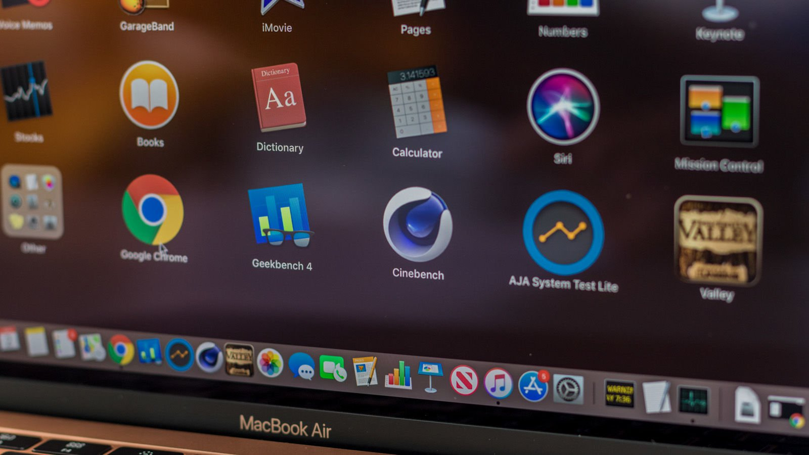 MacBook Air 2019 benchmarks