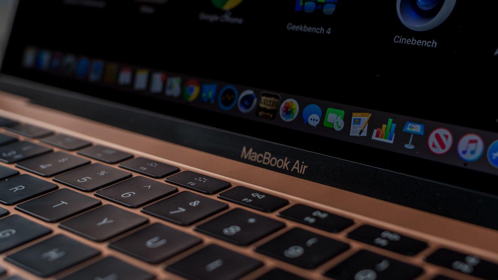 MacBook Air 2019 screen