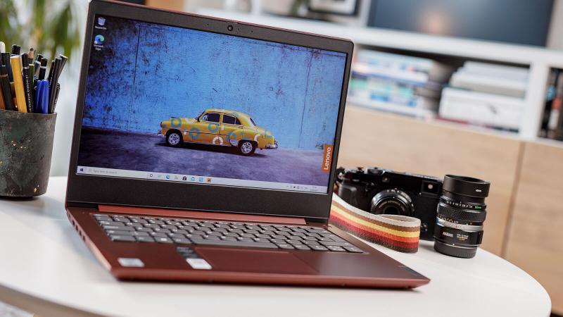 Lenovo IdeaPad 3i screen